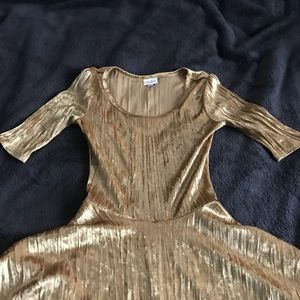 LuLaRoe Dresses - Gorgeous gold lularoe dress